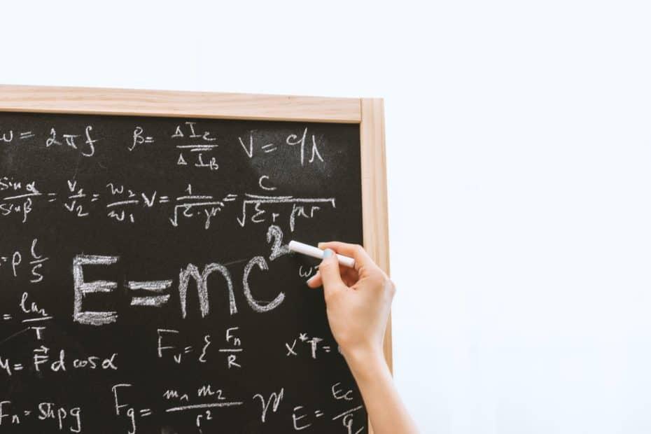 spazio tempo 930x620 - Sullo spazio-tempo tra fisica e filosofia