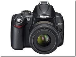 d5000 35 fronttop thumb - Nikon D5000, la prima reflex con monitor LCD ad angolazione variabile