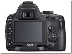 d5000 back 2 thumb - Nikon D5000, la prima reflex con monitor LCD ad angolazione variabile