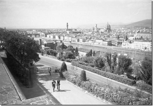 7 - Firenze, dal Piazzale Michelangelo, ottopolina