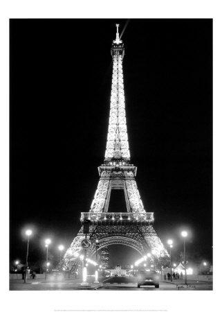 la torre eiffel di notte - Parigi ... Stiamo arrivando