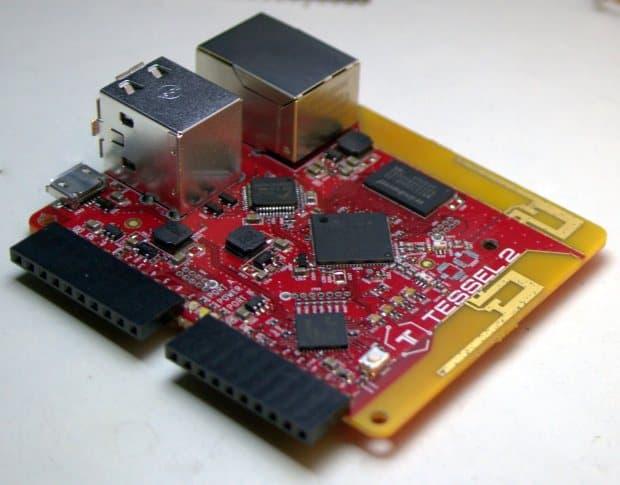 Tessel 2 - Tessel 2 e Raspberry pi 2 - micro device per IoT a confronto