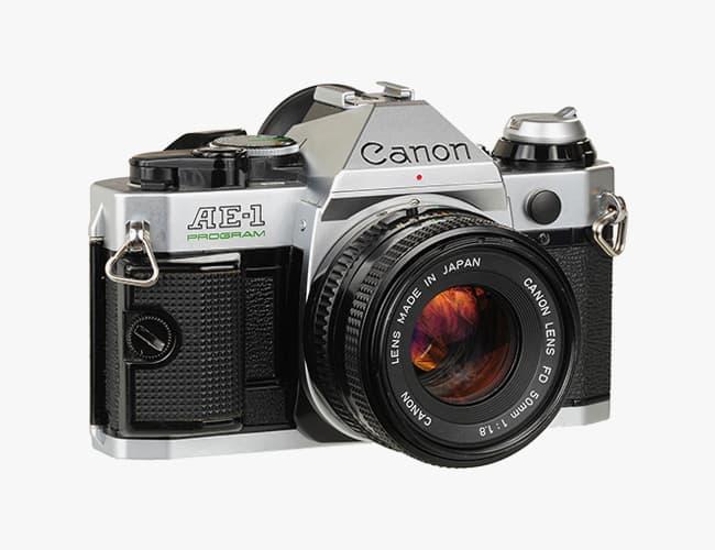 canon AE 1 - fotocamere analogiche usate : 7 splendidi modelli 35mm