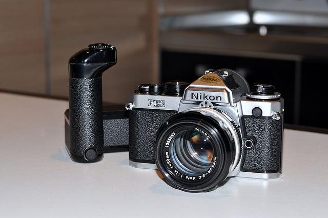 nikon FE2 - fotocamere analogiche usate : 7 splendidi modelli 35mm