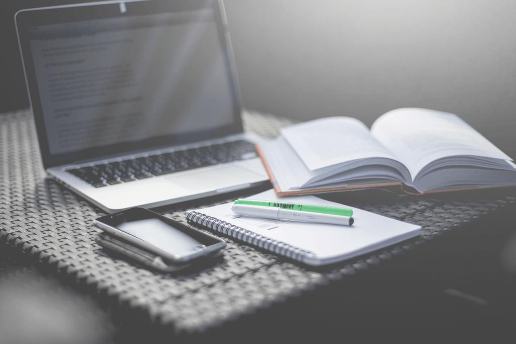 7 libri da leggere - 7 libri da leggere assolutamente (se sei un blogger)