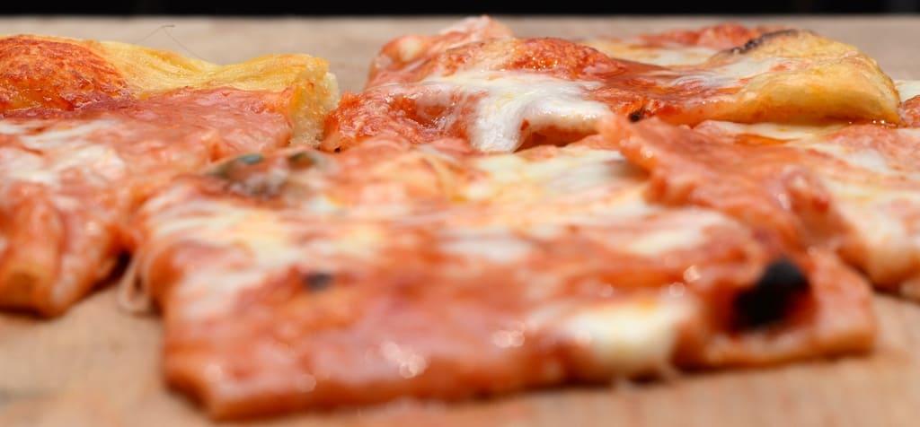 come fare la pizza ETR 1421 - Come fare la pizza a casa: ricetta, video e consigli dell'etrusco