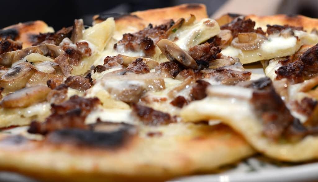 come fare la pizza ETR 1429 - Come fare la pizza a casa: ricetta, video e consigli dell'etrusco