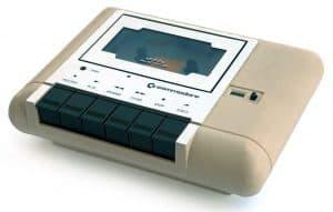 commodore vic 20 dataset 300x191 - Tutto iniziò con un commodore VIC-20