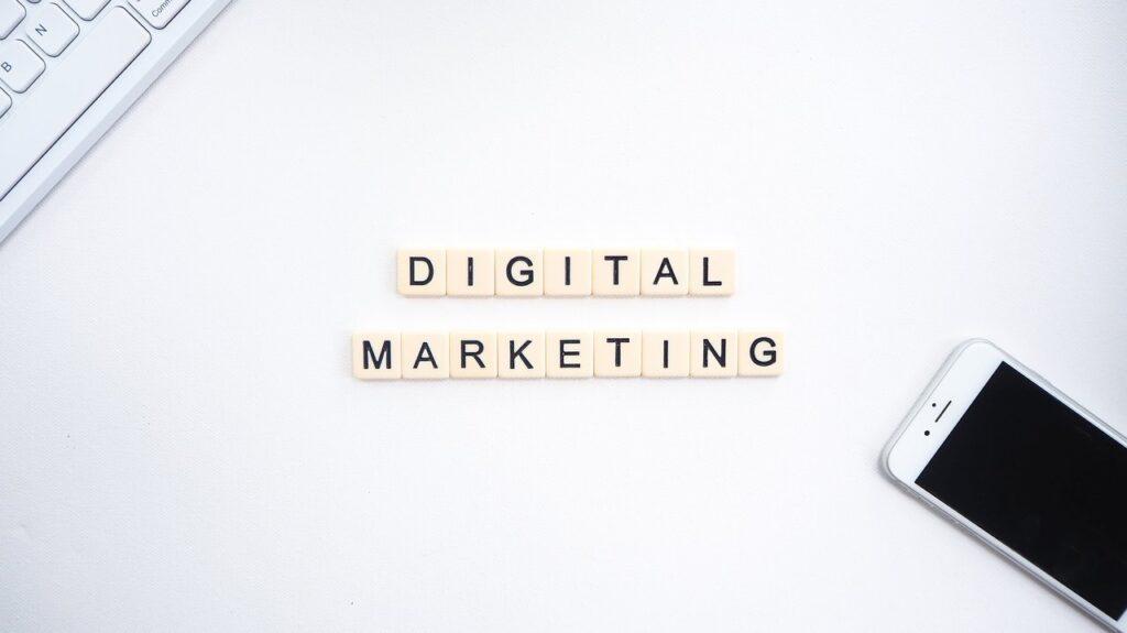 digital marketing 1024x575 - Cos'è e come funziona l'Affiliate Marketing